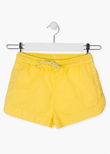 Short de color amarillo LOSAN